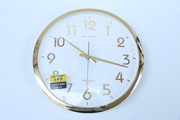金钟宝248挂钟,金色边框白底金字静音扫秒,高大上办公家用挂钟